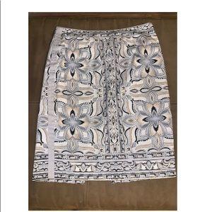 WHBM Detailed Studded Pencil Skirt Sz 8